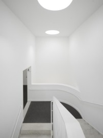 neubau von lro fertig kaiser karree karlsruhe architektur und architekten news meldungen. Black Bedroom Furniture Sets. Home Design Ideas