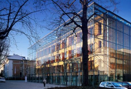 Atelier lohrer architekten und museumsgestalter stuttgart architekten baunetz architekten - Bekannte architekten ...