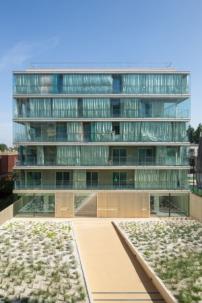 sozialer wohnungsbau von kempe thill panorama am montmartre architektur und architekten. Black Bedroom Furniture Sets. Home Design Ideas