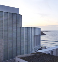 South West: New Tate St Ives von Jamie Fobert Architects with Evans + Shalev