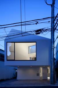 wohnhaus in japan fold architektur und architekten news meldungen nachrichten. Black Bedroom Furniture Sets. Home Design Ideas
